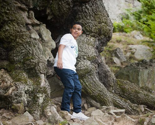 bradgate park rachael ince leicestershire photographer tree roots boy