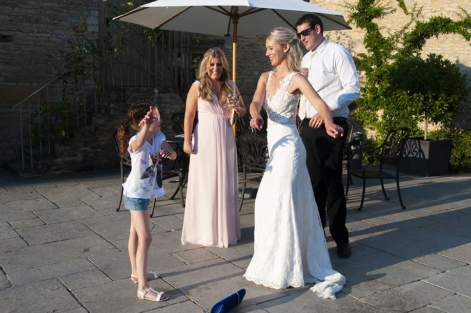 floss flossing children at weddings bride wedding dress dance