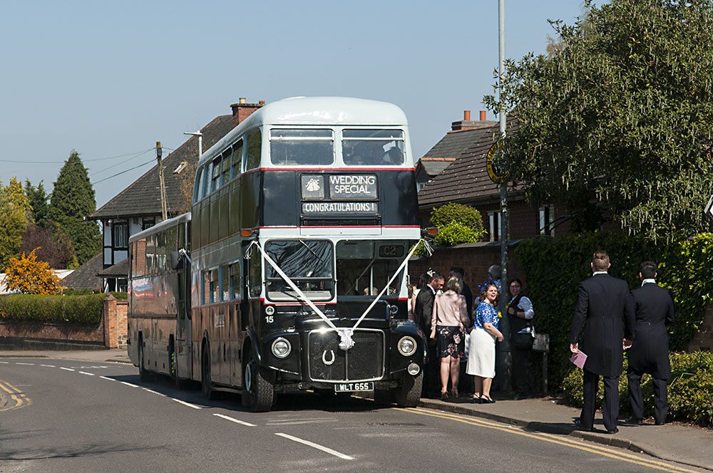 vintage bus for birstall wedding photography leicester